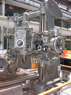 Love Machine, Dream Machine, Machine Tools, Antique Tools, Old Tools, Vintage Tools, Cnc, Metal Mill, Industrial Machinery