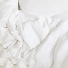Shop the Cozy Earth Modern Classic Winter Weight White Bamboo Silk Comforter - Twin and other Duvet Inserts & Bed Pillows at Kathy Kuo Home Cozy Aesthetic, White Aesthetic, Aesthetic Bedroom, Aesthetic Pictures, Duvet Bedding, King Comforter, Bedding Decor, Room Decor, Classic White