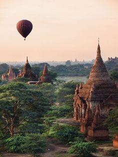 Bagan em Myanmar / 15 Lugares maravilhosos para conhecer no mundo!