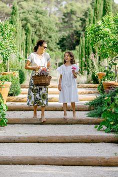 Tour This Picture-Perfect Villa in Provence   Architectural Digest Parisian Decor, Architectural Digest, Provence, Countryside, Villa, Tours, Couple Photos, Architecture, Plants