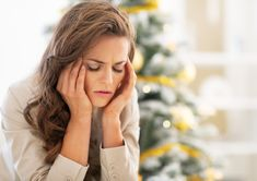 The happiest time of year for some is the most dreaded for others. 5 positive psychology tips help you avoid holiday stress & create magical holidays. Herbs For Depression, Family Stress, Tinnitus Symptoms, Essential Oils For Anxiety, Ways To Relieve Stress, Holiday Stress, Dealing With Stress, Willpower, Useful Life Hacks