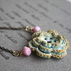 incorporating crochet to jewelry, nice!