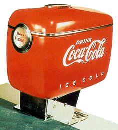 Coca Cola dispenser  Raymond Loewy