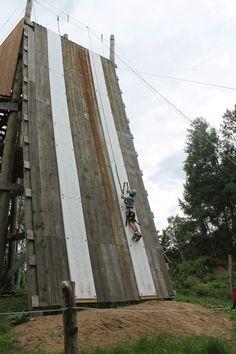 climber half way up artificial ice wall Climbing Wall, Ice Climbing, Container House Design, Small House Design, Ninja Warrior Course, Ropes Course, Outdoor Education, Garden Park, Adventure Activities