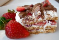 No - Bake Strawberry Ice Box Cake! So Fast and So Delicious!!!! http://media-cache7.pinterest.com/upload/140526450842885676_aQixJscc_f.jpg SixSistersStuff six sisters desserts