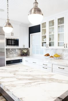 Lovely Mandeville Canyon kitchen remodel designed by STUDIO LIFE.STYLE. Remodel budget. How much does it cost to remodel a kitchen? Details and design.