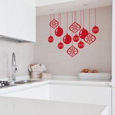 Bolas de navidad que podrás colocar en cristales, azulejos y paredes para decorar la navidad