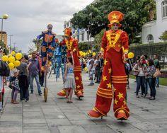 https://flic.kr/p/HUX5Jp | Na Inauguração do VLT | No Centro da Cidade.  Rio de Janeiro, Brasil. Tenham um dia fascinante! :-)  ______________________________________________  In the VLT (new tram) Opening  Downtown, Rio de Janeiro, Brazil. Have a fantastic day! :-)  ______________________________________________  Buy my photos at / Compre minhas fotos na Getty Images  To direct contact me / Para me contactar diretamente: lmsmartins@msn.com