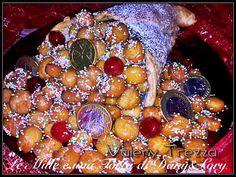 RICETTA DI: VALERY TREZZA Per decorare: 1 barattolo medio di miele Corallini colorati qb. Ciliegie candite rosse monete di cioccolato Olio di Arachidi per