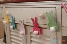 She's {kinda} Crafty: Pottery Barn Kids Knock-off Easter Bunting