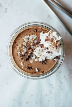 Coconut Cashew Chocoloate Milkshakes | Dolly and Oatmeal