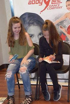 Follow mackenzie ziegler on musical maddie and mackenzie mackenzie ziegler at the nashville meet and greet m4hsunfo
