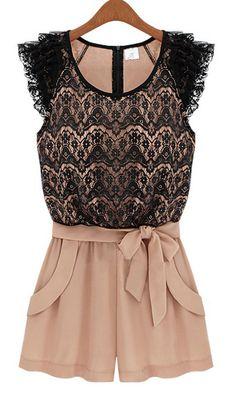 Combinaison top noir en dentelle avec short rose en mousseline 17.03