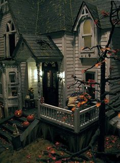 haunted dollhouse, I must try to do this to my Haunted Dollhouse this Halloween, I so love this!!!