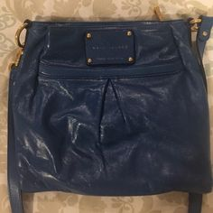 Marc Jacobs cross body bag Authentic Marc Jacobs cross body bag in blue. In great condition. Marc Jacobs Bags Crossbody Bags