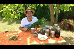 A hot summer day is great for drying the herbs of the garden so they can be used throughout the winter in spices and teas Korn, Spices, Herbs, Tea, Canning, Garden, Winter, Youtube, Summer
