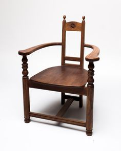 CH024-Carved-Wooden-Throne.jpg