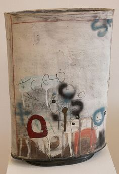 Image from http://www.crescentcontemporary.co.uk/Images/Exhibitions/CHYMISTRY/SH1_web.jpg.