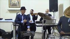 Ronaldo Gobbis & Veroneze Almada ao vivo (Over The Rainbow) Há duas semanas filmado por um espectador em uma cerimônia na igreja em Vila Matilde. (Maio 2014)