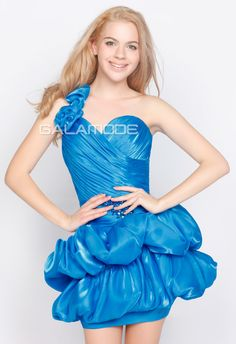 #Robe #de #Communion/ Robe de Cocktail Sans Manches Cristal Taille Naturel - galamode.fr