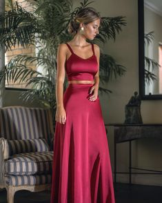 Hermosa en un ! Malva, Classy And Fabulous, Night Outfits, Get Dressed, Formal Dresses, Wedding Dresses, Diane Von Furstenberg, Baby Dress, Prom