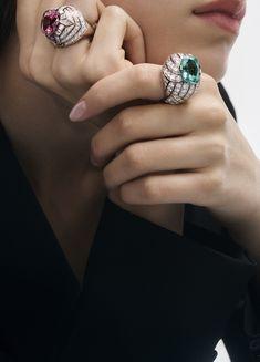 Gems Jewelry, High Jewelry, Luxury Jewelry, Jewelry Box, Jewelery, Jewelry Accessories, Jewelry Design, Bijoux Louis Vuitton, Louise Vuitton