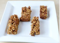 These homemade granola bars are packed full of flavor and perfect for fall with pumpkin, cinnamon chips and pecans. A great base recipe to adapt to make other varieties of homemade granola bars! Pumpkin Granola, Pumpkin Pecan Pie, Pumpkin Recipes, Pumpkin Oatmeal, Diy Pumpkin, Pumpkin Puree, Chocolate Fudge Brownies, Brownie Bar, Chocolate Squares