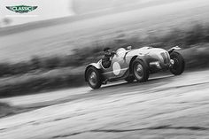 Caterham group test, Aston vs Maserati plus bonkers Zagato in August issue | Classic and Sports Car