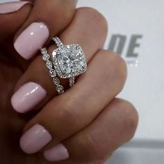 My dream ring (only in Gold with a Morganite diamond)