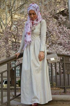 hijabi fashion, statement necklace, layleemoda gown, hani hulu