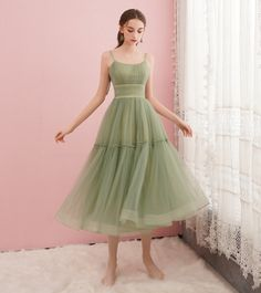 Cute green tulle short prom dress, green evening dress Silhouette: A line Fabric: tulle Neck: round neck Back detail: lace up *** Delivery times *** Processing time: 1 3 working days Shipping time: 7 16 working days Online Store Powered by Storenvy Best Evening Dresses, Green Evening Dress, Green Dress, Dress Black, Cute Prom Dresses, Day Dresses, Homecoming Dresses, Dresses For Work, Elegant Dresses