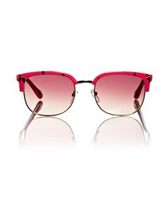 My love for 'rose-tinted glasses'. This pair is in the Marc By Marc Jacobs' collection