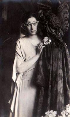 Prinzessin Ileana von Rumänien, future Arch Duchess of Austria 1991 Old Photos, Vintage Photos, Romanian Royal Family, Mata Hari, Grand Duke, Victoria, Queen Mary, Ferdinand, Austria