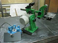 Knife Grinder, Belt Grinder, Forging Knives, Custom Garages, Tool Box, Metal Working, Tools, Building, Cnc