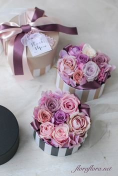 Image about cute in flowers by ximena on We Heart It Flower Box Gift, Flower Boxes, My Flower, Luxury Flowers, Pretty Flowers, Fresh Flowers, Roses Luxury, Flower Packaging, How To Preserve Flowers