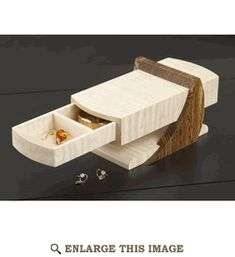 Woodworking Projects Garage Cantilevered Jewelry Box Woodworking Plan from WOOD Magazine Projects Garage Cantilevered Jewelry Box Woodworking Plan from WOOD Magazine Woodworking Furniture Plans, Woodworking Box, Woodworking Patterns, Woodworking Magazine, Diy Wooden Jewelry Box, Diy Jewelry, Intarsia Wood Patterns, Jewelry Box Plans, Wood Magazine