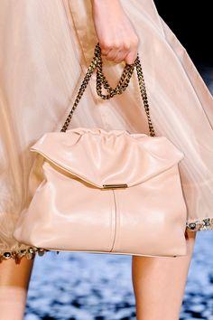 View all the detailed photos of the Nina Ricci spring / summer 2013 showing at Paris fashion week. Best Handbags, Luxury Handbags, Dali, Perfect Peach, Peach Blush, Mens Fashion, Fashion Outfits, Dressed To Kill, Powder Pink