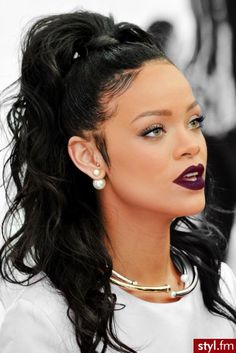 "( 2018 ★ CELEBRITY BIRTHDAY ★ RIHANNA "" R&B ♫ pop ♫ reggae ♫ dancehall ♫ hip hop ♫ dance-pop ♫ "" ) ★ ♪♫♪♪ Robyn Rihanna Fenty - Saturday, February 20, 1988 - 5' 8"" 123½ lbs (+ -) 34-24-36 - St.Michael, Barbado."