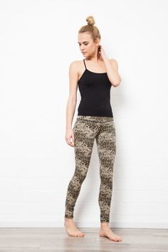 The PERFECT leggings, LEOPARD print, for anywhere&anytime. Best quality cotton lycra for Dance, Yoga or just as a great pair of pants