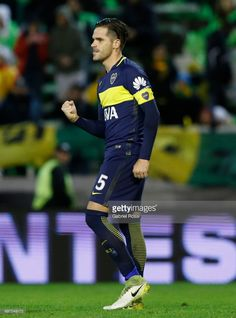 Fernando Gago of Boca Juniors celebrates after scoring the third goal of his team through a penalty kick during a match between Aldosivi and Boca Juniors as part of Torneo Primera Division 2016/17 at Jose Maria Minella Stadium on June 17, 2017 in Mar del Plata, Argentina. (Photo by Gabriel Rossi/LatinContent/Getty Images)