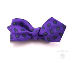Ancient Madder Silk Bow Tie in Purple Paisley - Fort Belvedere
