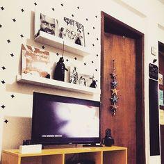 Cantinho mais lindo da @chris_ceia com nosso Kit de adesivos - Brilhos. ✨ Obrigada por compartilhar conosco, querida. 😍 Adoramos conhecer! 💕 #DivirtaSeDecorando também. Link da loja na bio.  #DivirtaSeDecorando #adesivosdeparede #adesivos #adesivoparede #brilhos #quartodemenina #quartoinfantil #quartodemenino #parede #dourado #decor #designdeinteriores #saladejantar #casamento #casanova #instagood #instadecor #decoração #inspiração #ideiascriativas #diy #façavocêmesmo #decorefacil #pattern…