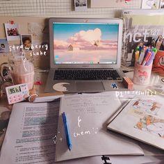 Study Room Decor, Study Rooms, Study Desk, Study Space, Study Areas, School Motivation, Study Motivation, Tittle Ideas, Desk Inspiration