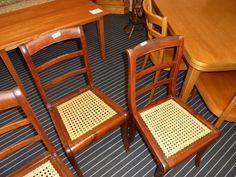 Biedermeier-Stühle bei HIOB Thun  #Schnäppchen #Trouvaille