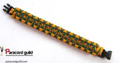 Herringbone stitch paracord bracelet- top view.