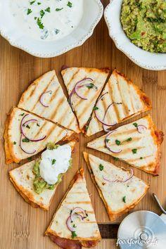 Quesadillas - Food for Love - wraps Rezept Quesadillas, Gourmet Recipes, Mexican Food Recipes, Cooking Recipes, Food Porn, Quesadilla Recipes, Cooking Time, Finger Foods, Food Inspiration