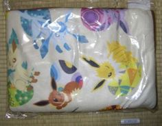 Eevee Blanket... A grail if I ever saw one! *sigh*
