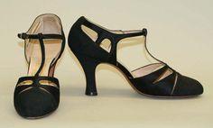 1932-33 sandals