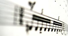 Musicians hear songs when they read music, non-musicians seek visual patterns | Ars Technica