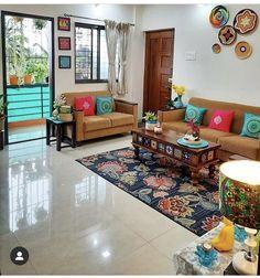 India Home Decor, Ethnic Home Decor, Easy Home Decor, Decor Home Living Room, Living Room Decor Traditional, Home Decor Furniture, Furniture Design, Indian Home Design, Indian Home Interior